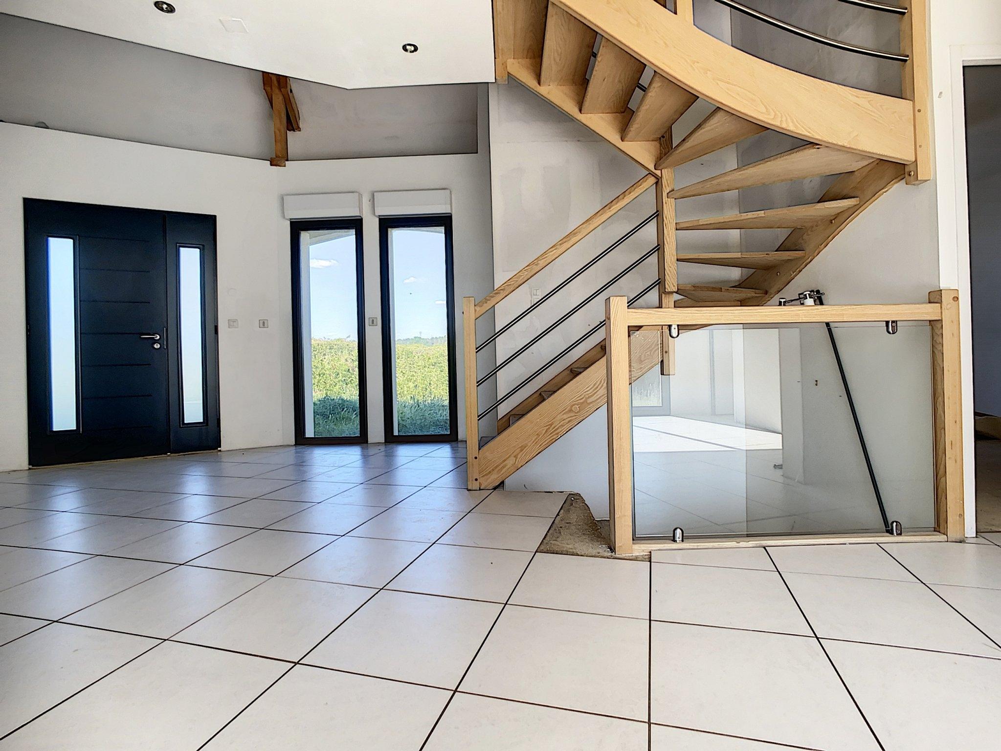 Maison Treslon 7 Pièces 220 m2 - 2